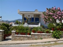 Traditional Summer House In Marmari, Karystos