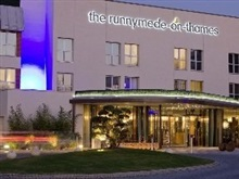 The Runnymede On Thames, Heathrow Airport