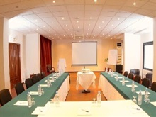 Cafe De Rome Business Hotel, Dakar