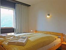 Achillea Three Bedroom, Wengen