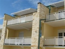 Suhomont Apartments, Pag