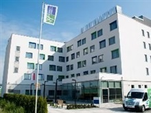 Holiday Inn Express Warsaw Airport, Varsovia