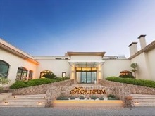 Korineum Golf Beach Resort, Statiunea Kyrenia