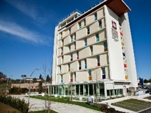Breaking Business Hotel, Teramo