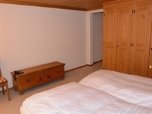 Hahnenkamm Three Bedroom, Gstaad