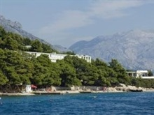 Holiday Village Sagitta, Omis