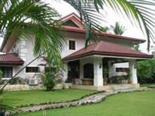 Las Flores Country Guest House And Restaurant, Cebu City And Islands