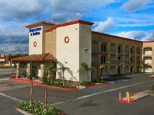 Days Inn Suites, Anaheim