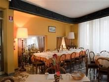 Hotel Columbus, Florenta