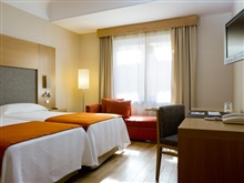 Hotel Nh Collection Madrid Colon, Madrid
