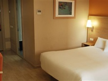 Hotel Travelodge Hospitalet, Barcelona Airport