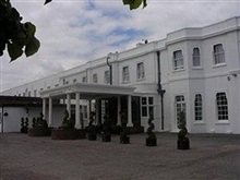 Russ Hill Hotel, Gatwick Airport