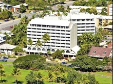 Holiday Inn Cairns Harbou, Cairns