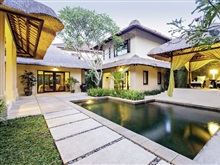 Kayumanis Sanur Private V, Sanur