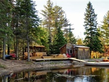 Algonquin Eco-Lodge, Toronto