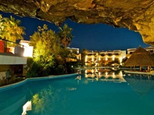 Hotel Ilio Mare, Prinos