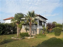 3 Bedroom Detached House In Nea Kallikratia Re0896, Kassandra Kallikratia