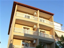 House Asterias, Olympic Beach