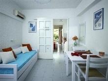 Ninetta S Studios, Saronic Islands