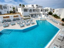 Minois Village Boutique Suites Spa, Parasporos