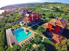 Sunday Summer Resort, Sithonia Gerakini
