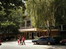 Hotel Semiramis, Saturn
