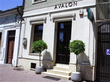 Avalon Rooms, Oradea