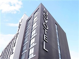 Novotel London Brentford * * * *
