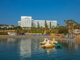 Cavo Maris Beach Hotel * * * *