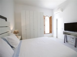HORTA DO MAR ONE BEDROOM WITH TERRACE * * *