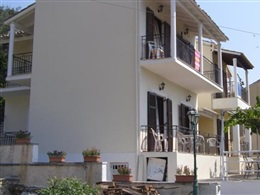 Dimitrakis Apartments * *