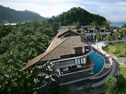 Holiday Inn Resort Krabi Ao Nang Beach * * * *
