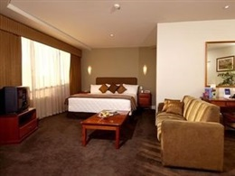 Hotel Rydges South Park Superior * * * *