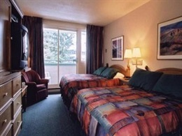 Whistler Village Inn Suites * * *
