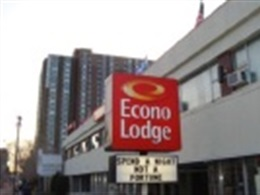 Econo Lodge Downtown * *