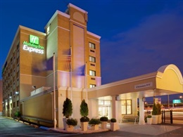 Holiday Inn Express Laguardia Airport * * *
