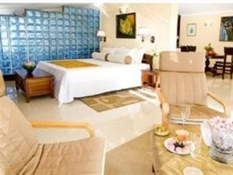 Hotel Hibiscus Beach Resort Spa * * *
