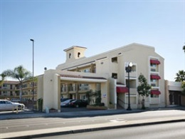 Super 8 By Wyndham El Cajon Ca * *