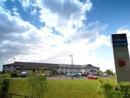 Travelodge Coonagh Ennis Road * * *