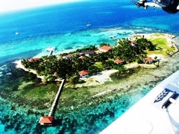 Hatchet Caye Resort * * * *