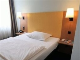 Intercity Hotel Celle * * *