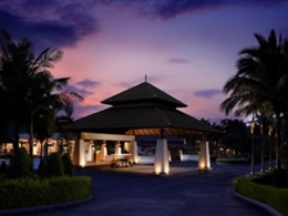 Hotel Dusit Thani Krabi Beach Resort * * * * *