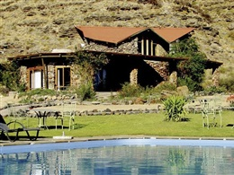 Zebra River Lodge * * *