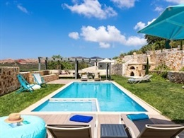 Erondas Cretan Country Villas * * * * *