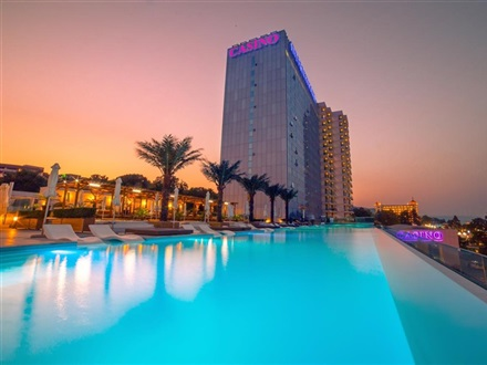 Main image International Hotel Casino Tower Suites  Golden Sands