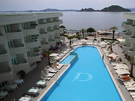 Dragut_Point_South_Hotel_78089
