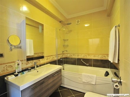 Bathroom Suite Room