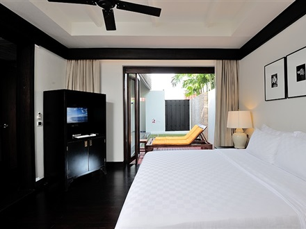 Pool Villa Bedroom