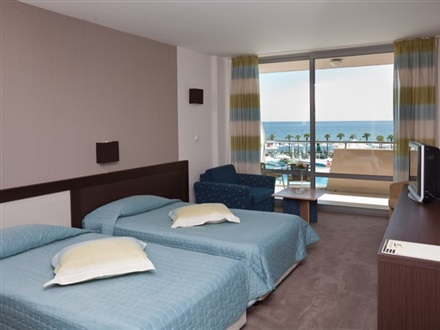 Suite Side-Sea View