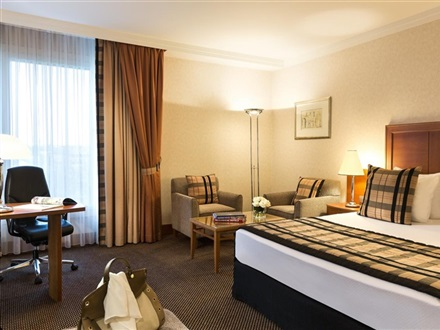Crowne Plaza Hotel Brussels Airport  Bruxelles
